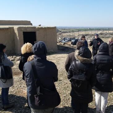 """El grup de treball """"Fem d'arqueòlegs"""" visita els Estinclells"""