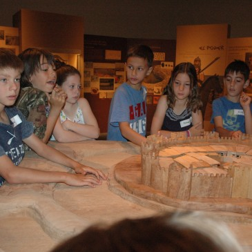 """El curs vinent """"Fem d'arqueòlegs"""" a la Fortalesa dels Vilars"""