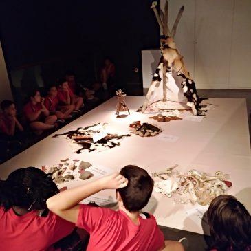 Alumnes del col·legi Santa Anna descobreixen un campament Paleolític